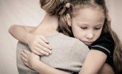 Як заспокоїти дитину в тривожний час: поради психолога